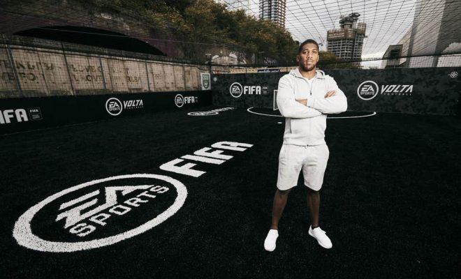 terrain de street football en mode FIFA 20 Volta creer par Anthony Joshua