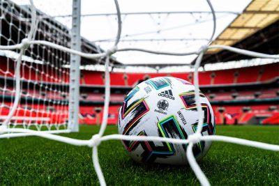 Ballon Officiel UEFA EURO 2020 adidas Uniforia