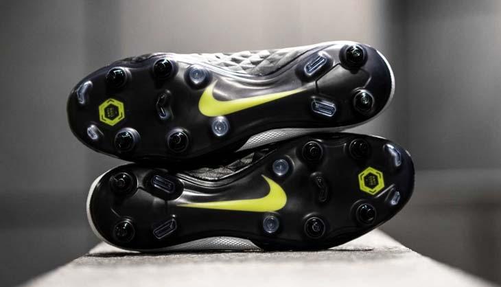 Nike Tiempo Legend 8 crampons Anti-Clog
