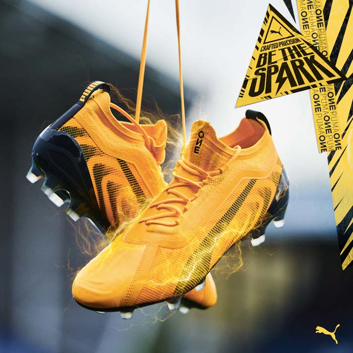 Chaussures de foot Puma One Spark Pack