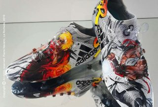 "Des crampons customisés ""Street Fighters"" par Orravan Design"