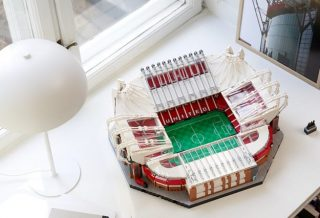 Lego dévoile une réplique du stade d'Old Trafford