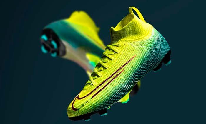 chaussure nike football