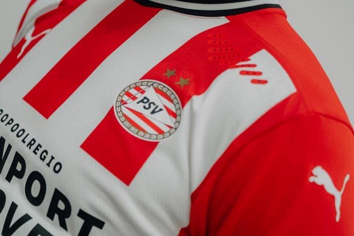 maillot domicile du PSV Eindhoven 2020/21 par Puma Football
