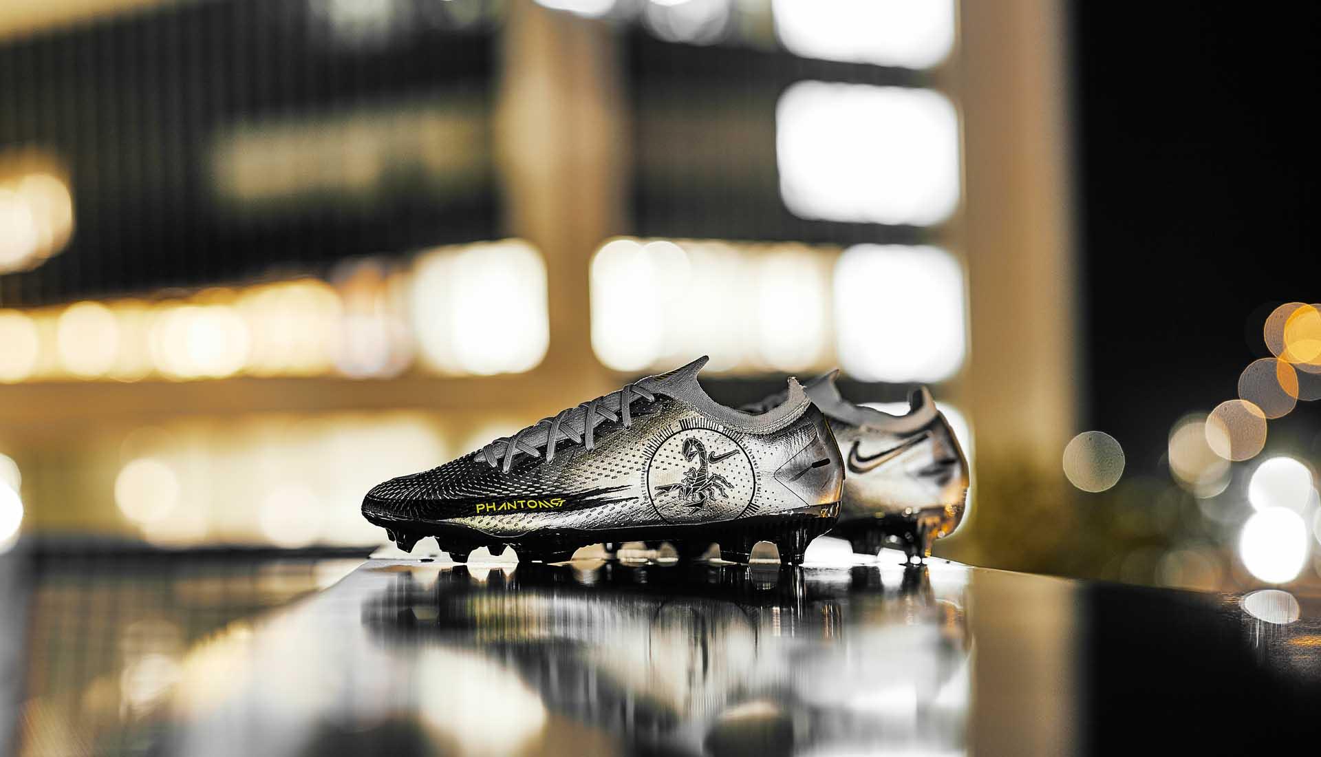 Chaussures de Foot Nike Phantom GT Scorpion