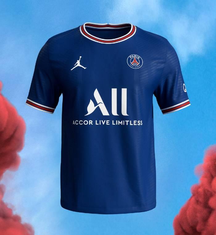 PSG le nouveau maillot domicile 2021-2022 dévoilé par Jordan Brand