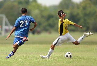 7 conseils pour s'entraîner au football cet été